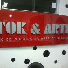 Foto tirada no(a) Tok & Arte Decorações de Interiores por Fabricio C. em 5/4/2012