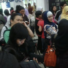 Photo taken at Oriflame Bandung Office by Natalia G. on 5/2/2012