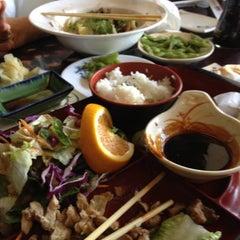 Photo taken at Tokoro Japanese Restaurant by Dave B. on 6/16/2012