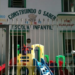 Photo taken at Creche Construindo Saber by Alfredo B. on 4/27/2012