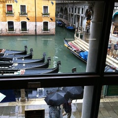 Photo taken at Hard Rock Cafe Venezia by Werner S. on 9/3/2012