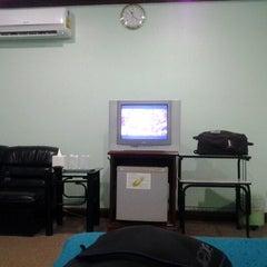 Photo taken at Srisupan Grand Royal Hotel by กัลปนารถ ห. on 8/9/2012