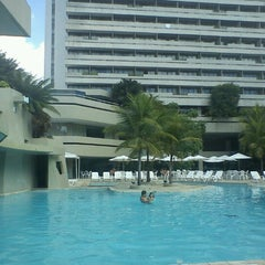 Photo taken at Mercure Recife Mar Hotel Conventions by Roberto D. on 5/28/2012