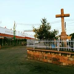 Photo taken at Mercado La Cruz by Ricardo on 9/1/2012