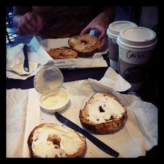 Photo taken at Starbucks by Gilles H. on 7/12/2012