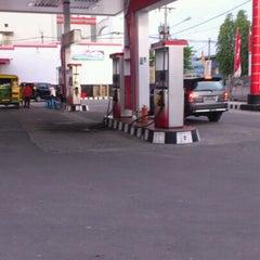 Photo taken at SPBU Pertamina 14.201.1148 by Rafika V. on 9/13/2012