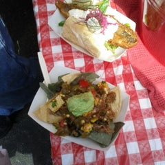 Photo taken at Chef Shack @ Kingfield Farmers' Market by Melissa H. on 9/9/2012