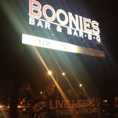 Photo taken at Boonies Bar and BBQ by Gabriel D. on 8/12/2012