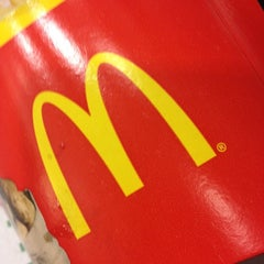 Photo taken at McDonald's by Henny E. on 3/15/2012