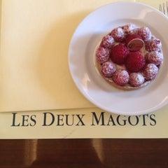 Photo taken at Les Deux Magots by Jen G. on 7/12/2012