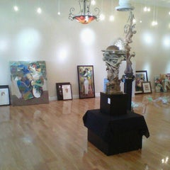 Photo taken at New River Gallery by Fernando T. on 4/10/2012