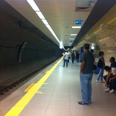 Photo taken at Kozyatağı Metro İstasyonu by Kamil Ö. on 9/9/2012