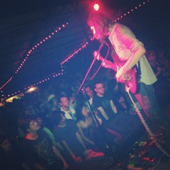 Photo taken at Red 7 by Lulu W. on 8/16/2012