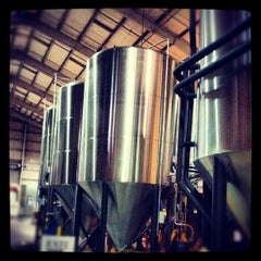 Photo taken at Rogue Brewers on the Bay by Dan O. on 8/6/2012