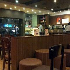 Photo taken at Gloria Jean's Coffees by Gnyanendra K. on 3/6/2012
