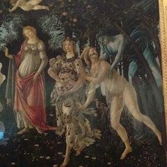Photo taken at Galleria degli Uffizi by Oksana K. on 6/12/2012