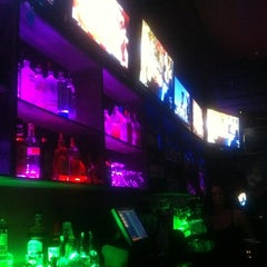 Photo taken at Red Zone Sports Bar by TEE DA BARBER on 7/22/2012