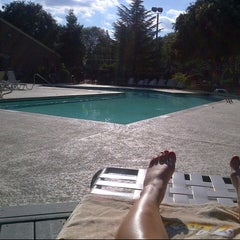 Photo taken at Lincoln Green Pool by Rachel M. on 9/11/2012