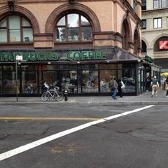 Photo taken at Starbucks by Igor L. on 5/22/2012