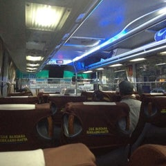 Photo taken at Terminal DAMRI Gambir by Apinan L. on 7/9/2012