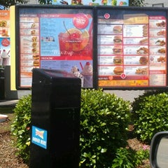 Photo taken at SONIC Drive In by Dee T. on 5/12/2012