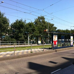 Photo taken at Tramhalte Station Zuid by LHNMeaning on 8/19/2012