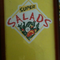 Photo taken at Super Salads by Markcore G. on 5/15/2012