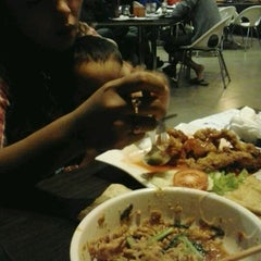 Photo taken at Solaria by Hery I. on 3/12/2012