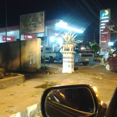 Photo taken at SPBU Pertamina 74.955.05 by InRi Maureen R. on 3/31/2012