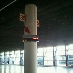 Photo taken at Estación Central de Autobuses by Manolo M. on 5/11/2012