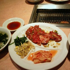 Photo taken at 焼肉 金剛苑 by ring2chang on 9/13/2012