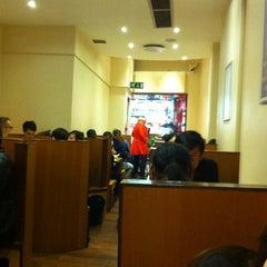 Photo taken at HK Diner 荷李活 by Hugh D. on 7/14/2012
