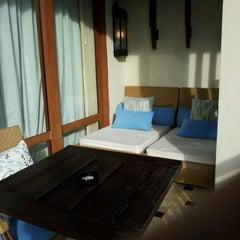 Photo taken at Shangri-La Boracay Resort and Spa by Winnie L. on 5/2/2012