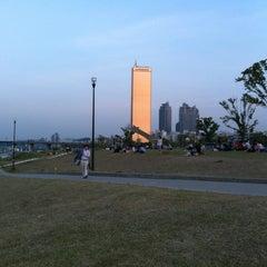 Photo taken at 여의도 한강공원 (Yeouido Hangang Park) by Ben L. on 6/3/2012