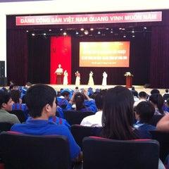 Photo taken at Học viện Công nghệ Bưu chính Viễn thông by Hòa P. on 5/11/2012
