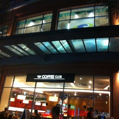 Photo taken at The Coffee Club by sungsim k. on 3/10/2012