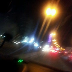 Photo taken at تقاطع البلاجات وشارع المطاعم by mortahahanm A. on 8/10/2012
