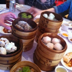 Photo taken at Dim Sum Go Go by Ong A. on 2/25/2012