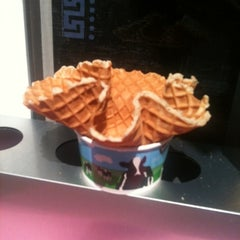 Photo taken at Ben & Jerry's by Stacie H. on 7/30/2012
