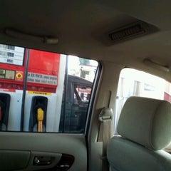 Photo taken at POM Bensin by HD Z. on 6/16/2012