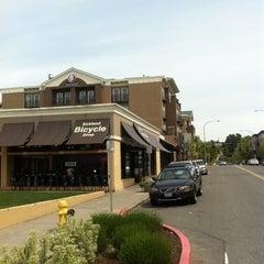 Photo taken at The Heathman Hotel Kirkland by Michael S. on 5/15/2012