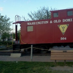 Photo taken at Washington & Old Dominion Trail by Dyu U. on 4/8/2012