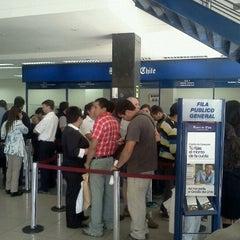 Das Foto wurde bei Banco De Chile von Felipe M. am 4/2/2012 aufgenommen