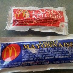 Photo taken at McDonald's by 🐭manda🐰 on 8/15/2012