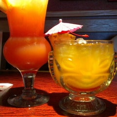 Photo taken at Red Robin Gourmet Burgers by Allison A. on 8/17/2012