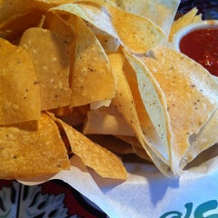Photo taken at Chili's Grill & Bar by Kendal R. on 8/10/2012