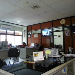 Photo taken at PLN Wilayah KalTim Cbg Balikpapan by Imam S. on 8/7/2012