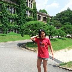 Photo taken at 연세대학교 대강당 (Yonsei University Main Auditorium) by Juyoung L. on 8/5/2012