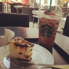 Photo taken at Starbucks Coffee by Lheii C. on 5/12/2012