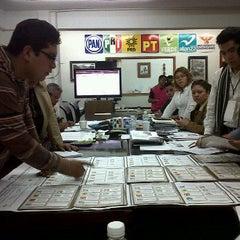 Photo taken at Junta Distrital Ejecutiva No. 28 IFE by Gus B. on 7/5/2012